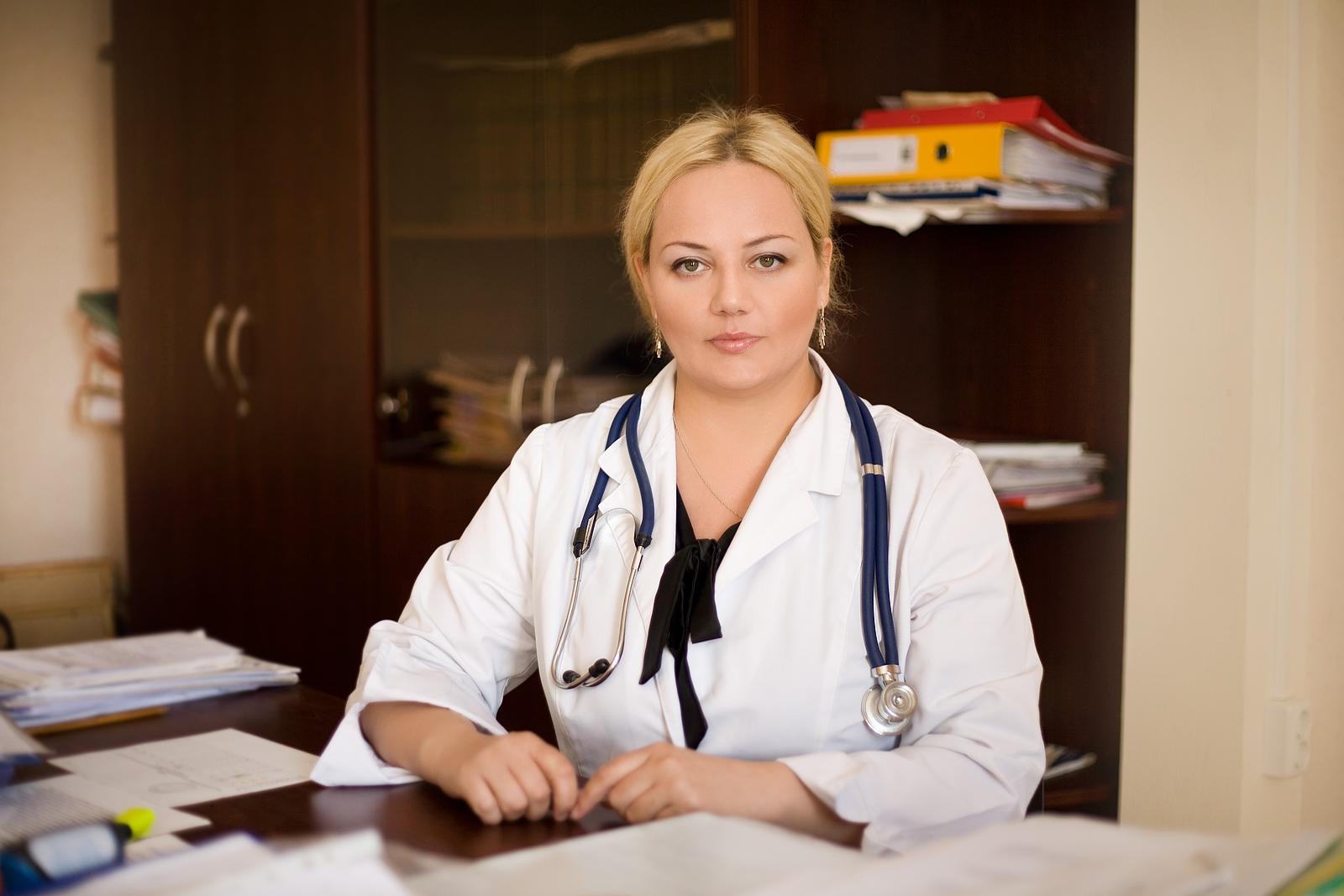 Картинки красивых докторов женщин